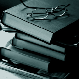books-and-glasses